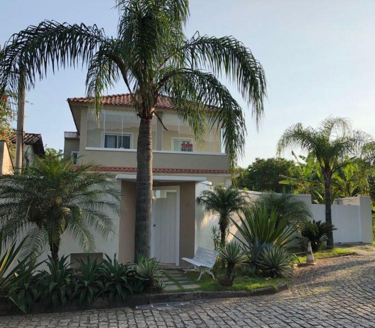 Vargem Pequena, vendo casa de 368 metros quadrados por ter sido transferido de Estado