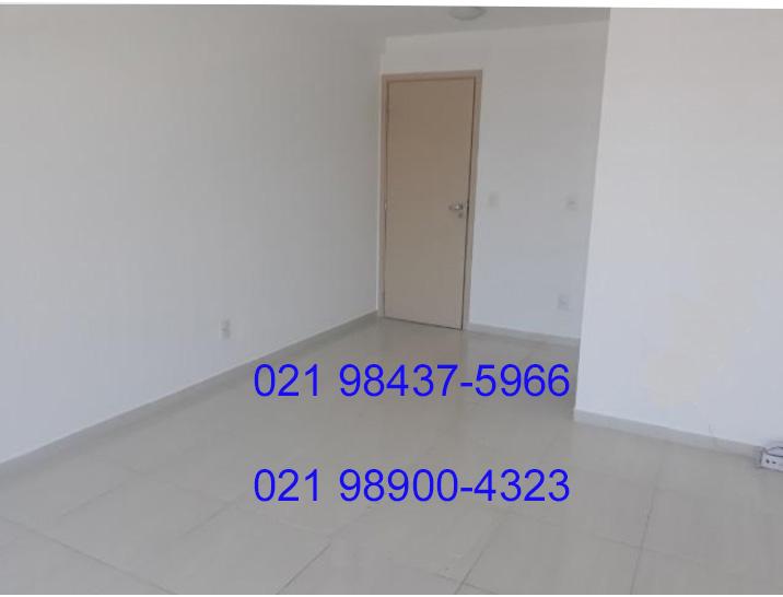Sala Comercial de 20m² na Freguesia-Jacarepaguá-RJ com Banheiro e 1(uma) vaga de Garagem na rua Araguaia – Freguesia Jacarepaguá-RJ