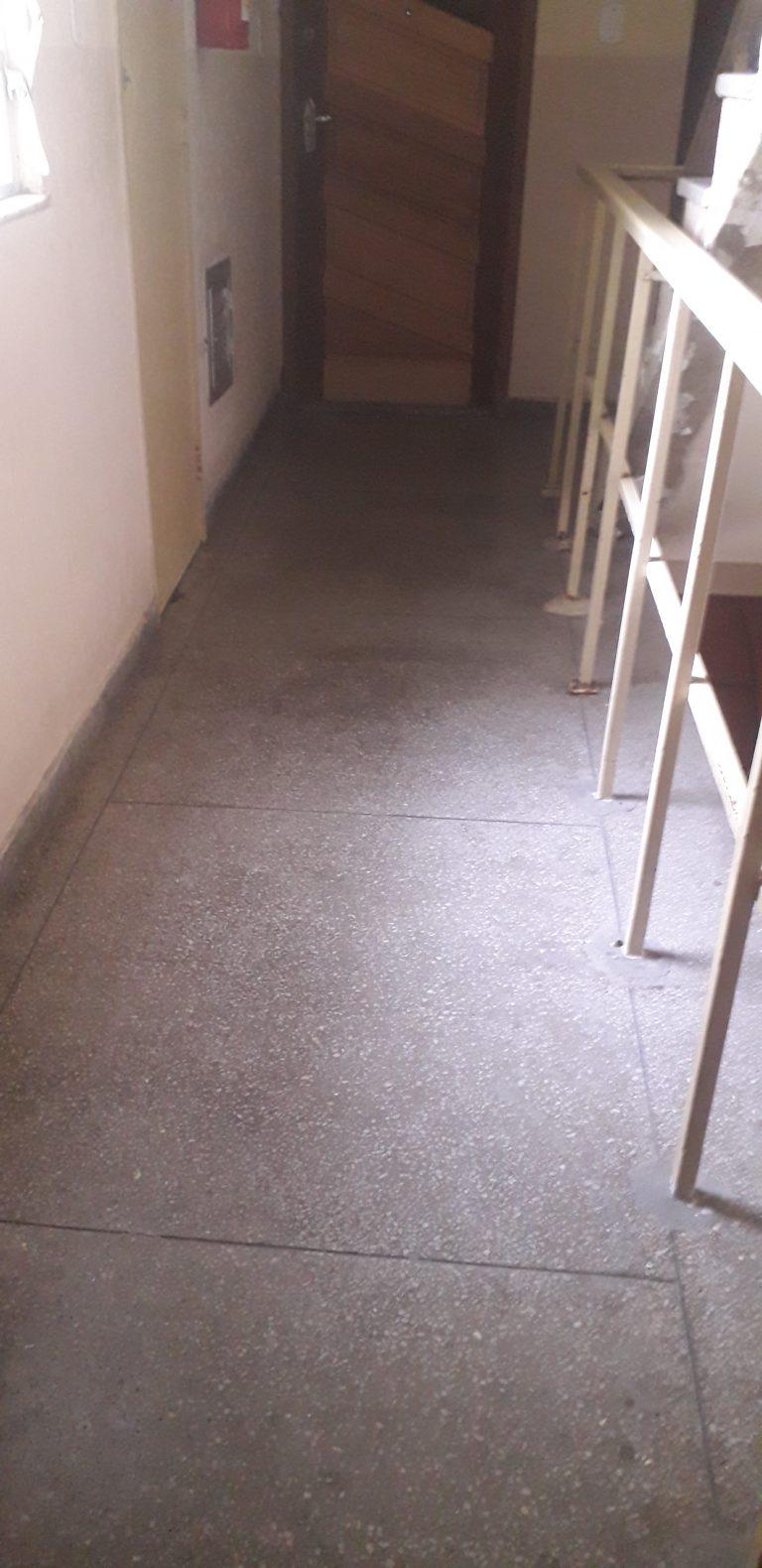 Apartamento 2º andar com 55 Metros quadrados, 02 quartos, Sala, Cozinha, Banheiro, está localizado no bairro Cordovil.