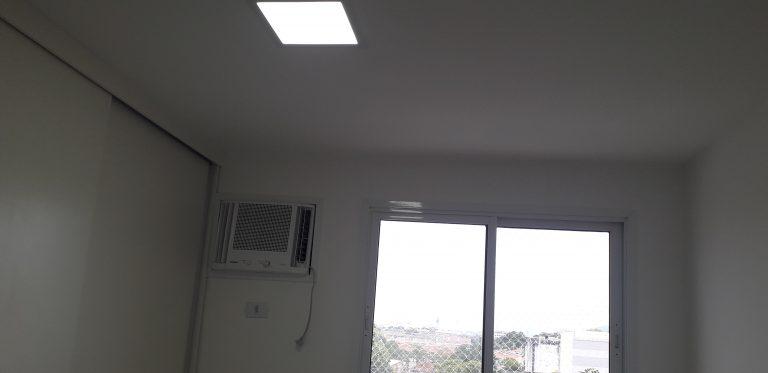Condomínio Reserva Estampadores – Bangu – Rio de Janeiro – RJ, Aptº com 65 Mtrs², 02 Quartos sendo um Suite, Sala com Rebaixamento, Banheiros com Blindex, Elevador no Bairro Bangú/RJ