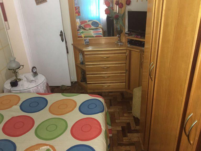 Apartamento com 52 Mts², em Irajá, com 2 quartos, Sala, banheiro, Cozinha. Prontinho para morar!