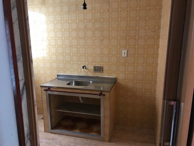 Aptº 1º andar com 52 Mtrs² com 02 quartos, Sala, Cozinha, Banheiro, localizado no bairro Irajá./RJ