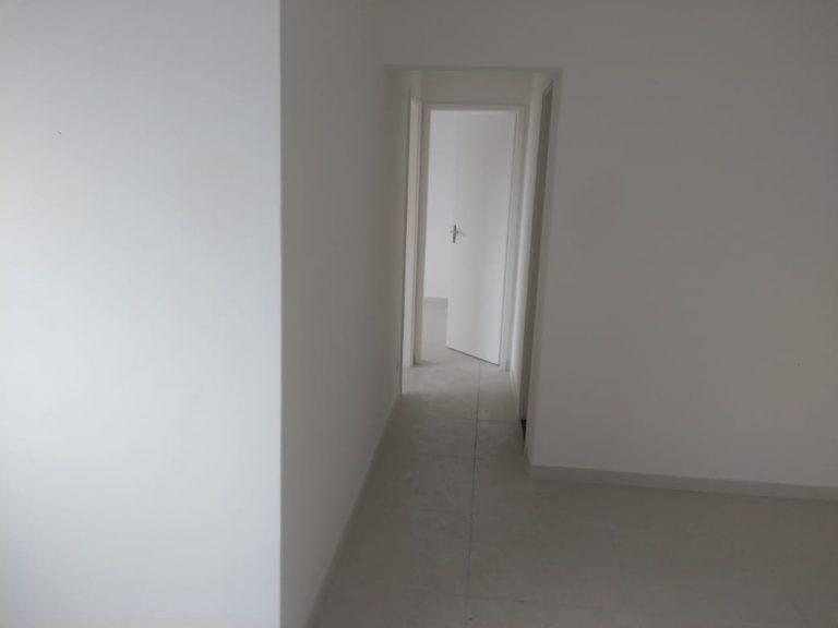 Apartamento com 52 metros quadrados com 2 quartos, na Rua Edgar Romero em Madureira – Rio de Janeiro – RJ