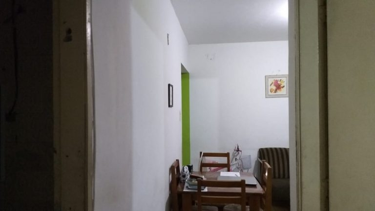 Aptº no 2º andar com 49 Mtr²  com 2 quartos, Sala, Cozinha e Banheiro.