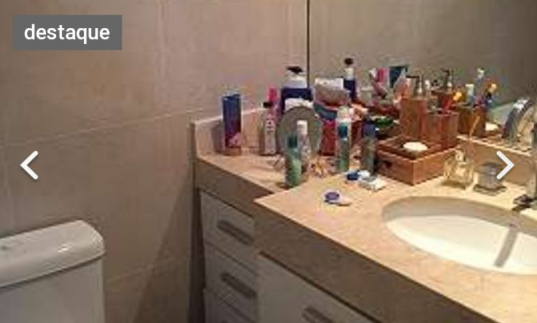 O apartamento está localizado na Reserva Jardim, no bairro Jacarepaguá tem 78 metros quadrados com 2 quartos sendo 1 suite e 2 banheiros