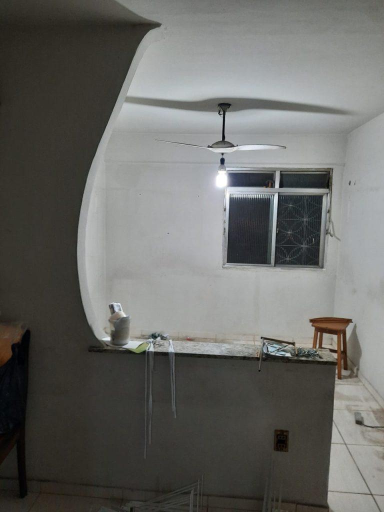 Excelente apartamento com 49m², 2 Quartos, Sala, Cozinha, Banheiro com Box, Próximo ao Shopping Via Brasil no Bairro Irajá, Rio de Janeiro-RJ
